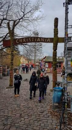 Christiania. Hipisowskie getto w środku miasta.